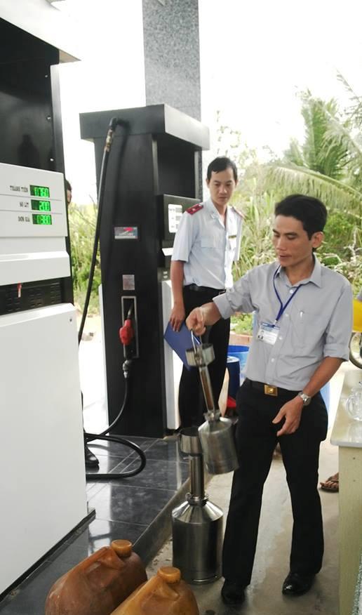 Hướng dẫn của Tổng cục Tiêu chuẩn Đo lường Chất lượng về việc kiểm định lại cột đo xăng dầu để bán xăng E5 và thực hiện quy định gắn thiết bị in chứng từ cho cột đo