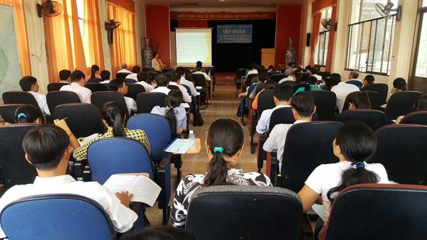 Thạnh Phú - Tập huấn phổ biến văn bản và hướng dẫn một số kỹ năng viết sáng kiến