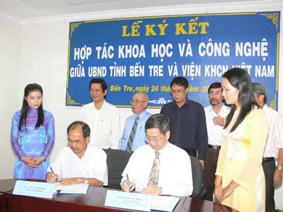 Lễ ký kết hợp tác KH&CN giữa UBND Tỉnh Bến Tre và Viện KH&CN Việt Nam
