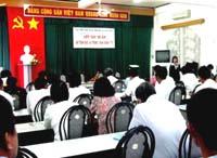 Khai giảng khoá tập huấn và cấp giấy chứng nhận ATBXHN