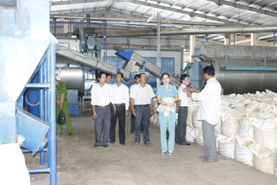 Bình Đại phát triển khoa học và công nghệ phục vụ sự nghiệp công nghiệp hóa-hiện đại hóa đất nước
